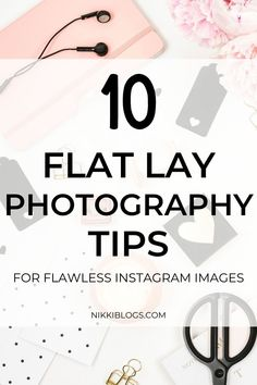 Find 10 flat lay photography tips to create stunning images for Instagram posts and stories! Use this guide for all of your clothing and fashion flat lays, food and recipes, technology, and more! Take better photos when you click here. #flatlay #flatlayphotography #photographyideas #flatlaytips #photographytips