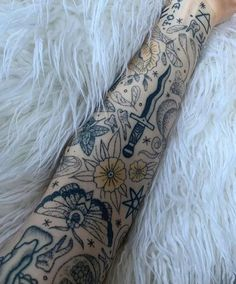 Baby Tattoos, Dope Tattoos, Pretty Tattoos, Beautiful Tattoos, Body Art Tattoos, Tattoo Drawings, Sleeve Tattoos, Tatoos, Simplistic Tattoos