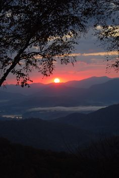 Sunrise of Maggie Valley