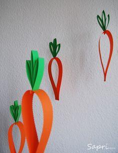 Einfache Osterdeko - Papier-Karotten