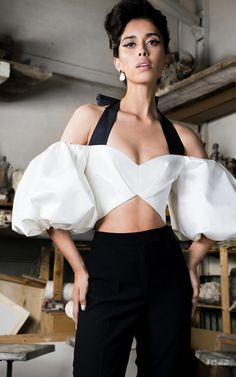 Rasario Balloon Sleeve Silk Crop Top The clothing culture is very old. Black Girl Fashion, 80s Fashion, Look Fashion, Daily Fashion, High Fashion, Fashion Dresses, Womens Fashion, Fashion Design, Fashion Poses