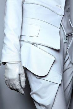 the unbearable lightness of being, zippers