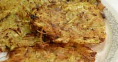 Bij de Waldorfsalade aten we latkes. Het recept komt uit het nieuwe kookboek 'Jerusalem' van Yotam Ottolenghi en Sami Tamimi. Ik vo...