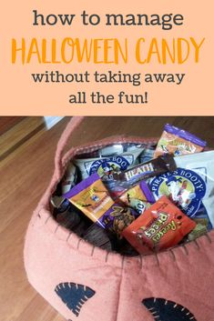 Smart tips for how to manage Halloween candy with kids - without taking away all the fun of the holiday. Yes it is possible to keep Halloween mostly healthy while still enjoying some candy! Healthy Halloween, Halloween Candy, Halloween Kids, Halloween Crafts, Halloween Inspo, Healthy Habits For Kids, Healthy Living, Healthy Food, Natural Parenting