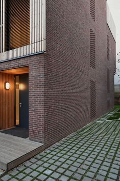 Gallery of Single family House - Tolstoi str. / Outline Architecture Office - 29