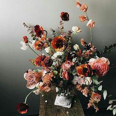 Cores incríveis e muito estilo e design!!! Por @soilandstem  #flowers #flowersdesign #inspiracao #natureza #sitiovoceeeu #soilandstem