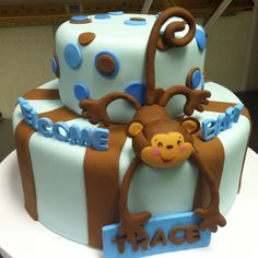 Monkey baby cake  http://cakemaking4u.com Jenn we could totally do 2 tiers like this and put a stuffed monkey on it! It'd be easy....