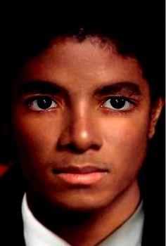 Výsledok vyhľadávania obrázkov pre dopyt michael jackson in japan Jackson Family, Janet Jackson, Michael Jackson Quotes, Afro, Heart Songs, Love U Forever, The Jacksons, Popular Music, Pop Music