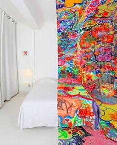 4285ee3231f39f I d love to have a wall in our house like this! We love graffiti! We even  had some wedding pics in a graffiti alley. ~Half-graffiti hotel room inside  the Au ...