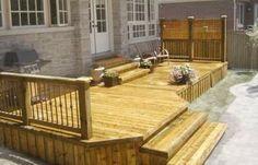privacy deck walls with plants | Outdoor Deck Materials. Vinyl Deck Railing. Outdoor Deck Building
