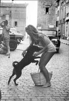 Brigitte Bardot in St Tropez, 1958. Photo by Willy Rizzo.