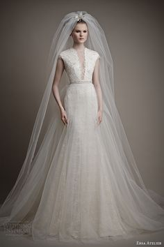 Wedding dresses, cakes, bridal accessories, hair, makeup, favors, wedding planning & other ideas for brides | Wedding Inspirasi
