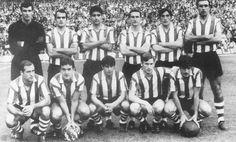 Athletic Club Bilbao, Campeón de la temporada 1968/69  Rojo,Iribar, Saéz, Etxebarria, Aranguren, Igartua, Larrauri, Argoitia, Uriarte, Arieta II y Clemente.
