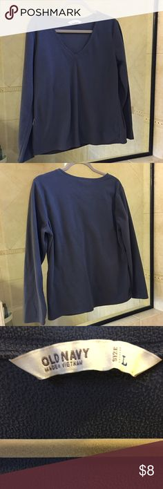 Old Navy sweatshirt Size L. Good used condition. Steel gray color. Old Navy Tops Sweatshirts & Hoodies