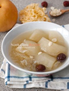 Snow pears with Chinese almonds, snow fungus and pork ribs soup I learnt this soup recipe from my buddy Anemone. We were having lunch one day when she told me that she was making this soup for dinner, and to cut a long story short, I probed incessantly about how she made it until I finally fished
