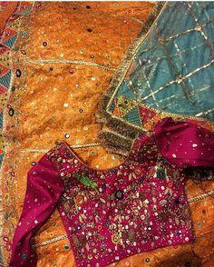 Indian bridal lengha brides embroidery 40 New Ideas Pakistani Mehndi Dress, Bridal Mehndi Dresses, Pakistani Formal Dresses, Pakistani Party Wear, Pakistani Wedding Outfits, Pakistani Wedding Dresses, Shadi Dresses, Mehendi, Mehndi Outfit