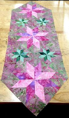 Mini Stars Table Runner, Quiltworx.com, Made by Donna.