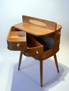 What a great sewing cabinet! Would love to find one for my own!