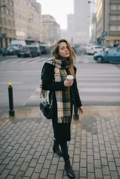 Street Style: Black Coat - Jestem Kasia Blog