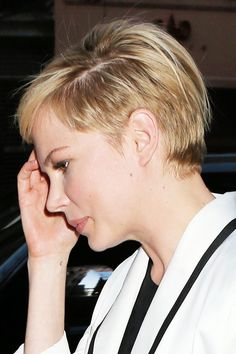 Michelle Williams Undercut Blonde