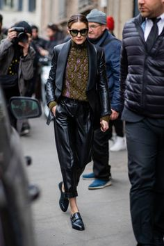 Fall shoe trends, fall fashion, street style, Olivia Palermo Source by thezoereport fashion street style Olivia Palermo Outfit, Style Olivia Palermo, Olivia Palermo Lookbook, Olivia Palermo Wedding, Fashion Milan, Fashion Mode, Look Fashion, Winter Fashion, Fashion Outfits