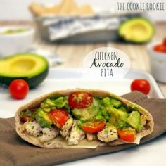 Chicken Avocado Pitas are the perfect summer meal! These healthy pita sandwiches are light and delicious! The perfect sandwich recipe for a pool day, summer picnic, or lunch on the porch. Chicken Avocado Sandwich, Chicken Pita, Chicken Avacado, Rotisserie Chicken, Healthy Chicken, Grilled Chicken, Chicken Salad, Avocado Recipes, Lunch Recipes