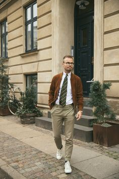 Our Preppy Dark Green Prepster Silk tie and White Oxford Shirt, styled with a suede bomber jacket which is an everlasting combo. Oxford White, Silk Ties, Preppy, The Darkest, Autumn Fashion, Bomber Jacket, Costume, Green, Jackets
