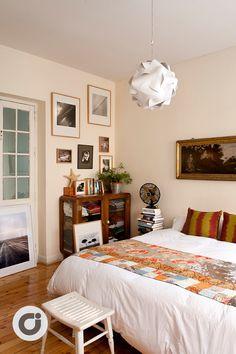 Habitación que mezcla estilo juvenil y moderno perfecto para disfrutar del merecido descanso #habitación #diseño #design #arquitectura #decoración