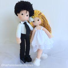 Bride and groom Amigurumi dolls Knitted Dolls, Crochet Dolls, Knit Crochet, Crochet Hats, Crochet Doll Pattern, Crochet Patterns, Wedding Doll, Sock Toys, Crochet Wedding