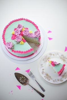Make a buttercream flower cake with bright, fun colours! DIY by Coco Cake Land