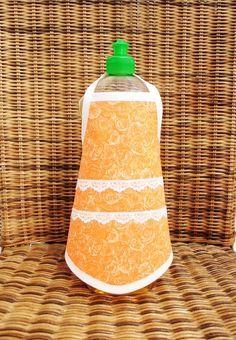 """♥♥ Spülischürze ♥♥      """"romantisch""""      ♥♥♥♥♥♥♥♥    super lustige Geschenkidee oder zum selber behalten.    einfach um die Flasche binden und ein..."""