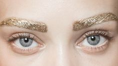 suncove:  lamorbidezza:  Make-up at Christian Dior Spring 2014  This is still the most beautiful eye makeup I have ever seen and the eyebroqs are on point even though they are gold