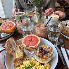 trying out new brunch spots… – frühstück – brunch Cute Food, Good Food, Yummy Food, Tasty, Food N, Food And Drink, Comida Diy, Think Food, Aesthetic Food
