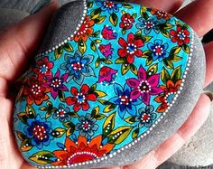 tropical wildflowers / painted rocks / painted stones/ turquoise art / paperweights / tiny paintings / boho decor / hippie style/ home decor Hippie Home Decor, Hippie Art, Hippie Style, Boho Decor, Stone Painting, Dot Painting, Turquoise Art, Heart With Wings, Red Barns