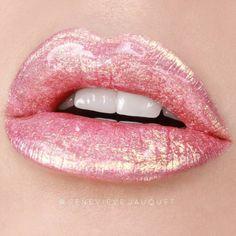 24 Stunning Lip Makeup Ideas That You Should Try Out - gorgeous lipstick color #lip #lipmakeup #lipstick #mattelip