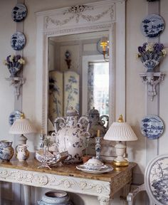 Blue & white decor: Cathy Kincaid Interiors