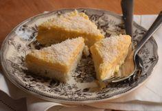 9 isteni pudingos süti, aminél nem állsz meg egy szeletnél | NOSALTY Eat Dessert First, Cornbread, Cookies, Cake, Ethnic Recipes, Food, Kuchen, Millet Bread, Crack Crackers
