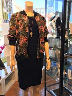 Our #Andersonville Mannequin is ready for #Spring in an RD Style Jacket, Heather Clothing Dress and Larissa Loden Jewelry Necklace. #ShopSmall #SpringFashion