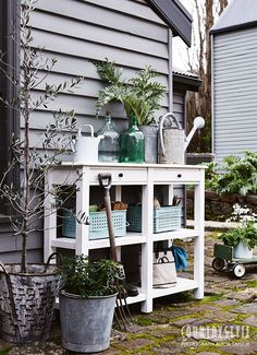 The Garden beckons with warming weather, making timely a stylish collection of outdoor furniture. Inspiration For Kids, Garden Inspiration, Garden Ideas, Country Style Magazine, Farm Landscaping, Small Nurseries, Mediterranean Style Homes, Unique Mirrors, Interior Color Schemes