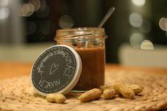 U nás na kopečku: ...domácí nugeta... Czech Recipes, Preserving Food, Food Gifts, Preserves, Sweet Recipes, Peanut Butter, Sweet Treats, Food And Drink, Sweets