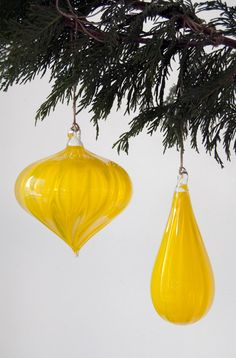 Transparent Gold Holiday Ornament Set in by workingmanhandmade