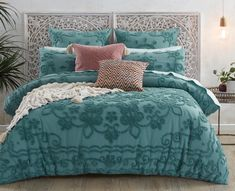 Enduringly stylish, inspire a new look in your bedroom with the Farrah Arctic Quilt Cover. Constructed from natural cotton, the tufted chenille and medallion-inspired pattern adds texture and distinctive appeal to this design. Bedroom Retreat, Bedroom Inspo, Bedroom Ideas, King Single Bed, Textured Bedding, Single Quilt, Bed Linen Design, Quilt Cover Sets, Queen Quilt