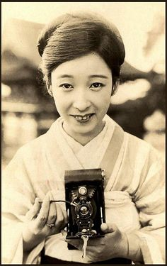 Little Miss Shutterbug, mid 1920s-30s. Camera is a ca.1923 Kodak No.2 Folding Cartridge Premo with a ball bearing shutter.