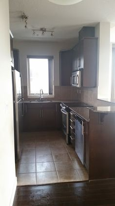 Move Out Cleans can be the worst and least favorite thing to do when moving out. That's why we do it for you! This SoBow Condo is ready for it's next owners.