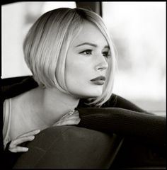 Straight chin length bob I'm thinking about a bob this a contender;-)