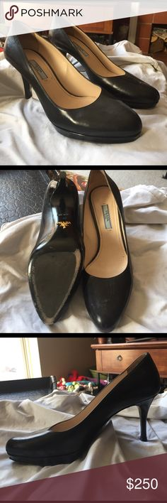 Prada Pumps, black leather Purchased in Italy, only worn a handful of times. Prada Shoes Heels