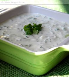 Tzatziki, Pesto, Mashed Potatoes, Recipies, Pudding, Dishes, Cooking, Ethnic Recipes, Desserts