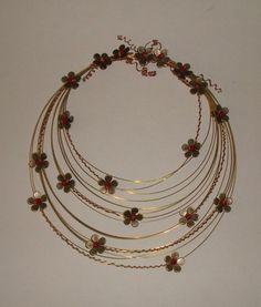 μπρουτζινο στεφανι με χαλκινα λουλουδια κρυσταλλινες χαντρες 20 Χ25-brass hoop copper flower crystal beads 20X25 Bangles, Bracelets, Necklaces, Gold Necklace, Jewelry, Jewels, Projects, Gold Pendant Necklace, Jewlery