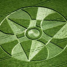 Crop Circle at Winterbourne Bassett, Wiltshire, UK - 2 June 1997