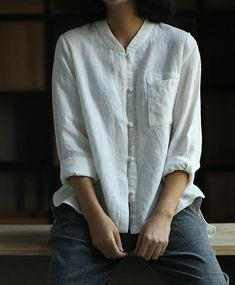 No English content that match with your keyword. 11 Ideas To Organize Your Own Women's Linen Blouses Mandarin Collar Shirt Women, Casual Tops For Women, Blouses For Women, Clothes For Summer, Summer Outfits, Simple Shirts, Summer Shirts, Summer Tops, Look Fashion
